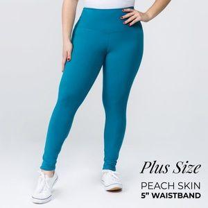 PLUS SIZE OS Teal Fleece Legging
